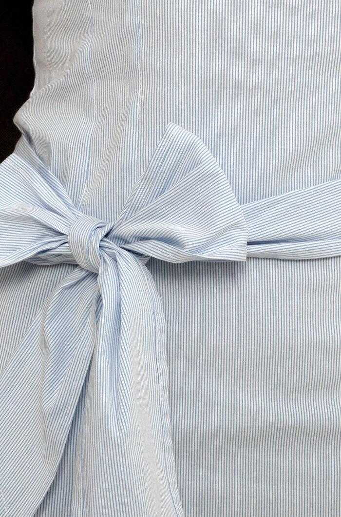 a97a603182 Csónaknyakú masnis blúz - Blúz - Divatos ruhák magas nőknek ...